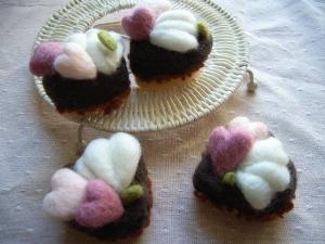 羊毛フェルトで作るガトーショコラ_1