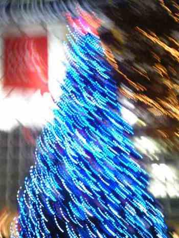 B'zのクリスマスツリー in 渋谷